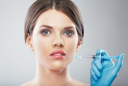 kwas hialuronowy - Opadające kąciki ust